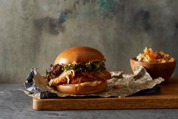 crispy-chicken-brioche-burger-lantmannen-unibake